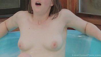 Brunette Mastur bates With A Toy In The Pool y In The Pool