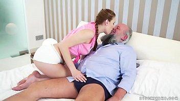 Sex Cu Bunicul Care Se Fute Cu Nepoata Lui Buna Rau
