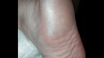 Wife sleeping jerk off 2 her sexy feet