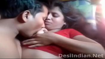 Mulla aunty biting nipples lips free videos watch