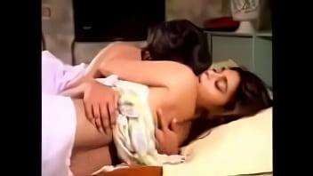 Silk smitha scene with a small boy layanam (a2z3gp.com)
