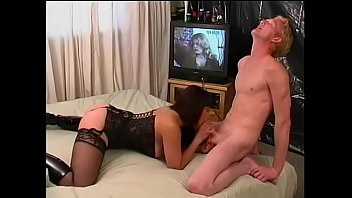 Girl sucks on guys white cock and he sucks on other guys cock on the bed