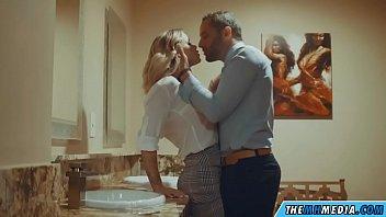 a bathroom' s erotic romance e