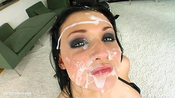 Adult candidal diaper rash