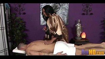 Hot Massage 1701