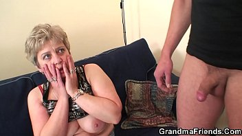 Mature Fucks Hard In Her Pussy And Mouth With A Man With A Small Cock