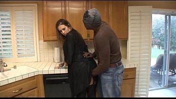 يرى لها في المطبخ طاهيا وأنا وضعت إصبعك في لها الرطب كس