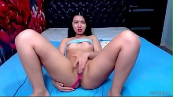 Asian Babe Teases Her Clito (Miraida)