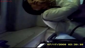 한국야동 버스안에서 이쁜년 옆에 대놓고 자위하는 변태남