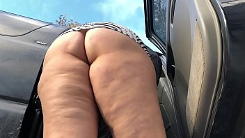 Streaming Video Fantasia's BIG long Booty Shake and Tease outdoor - XLXX.video