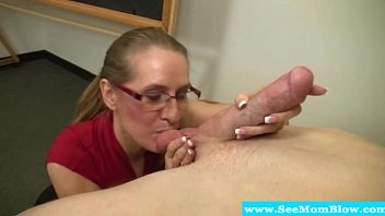 Mature sucking dick