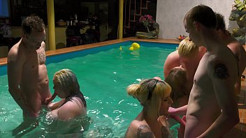 Adult videos Milf gets huge creampie