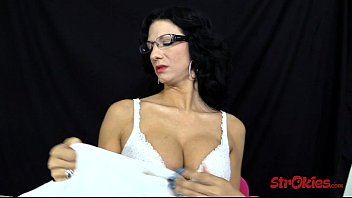Jessica Chase Cum on Glasses
