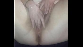 melinda masturbating and squriting