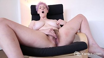 Yanks Vera Blue's Hot Hairy Pussy Loving