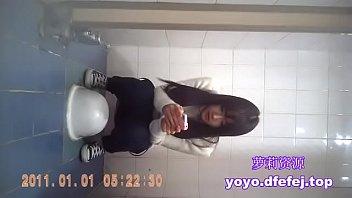 校花级女生厕所偷拍(萝莉幼女资源加扣扣3238605958)