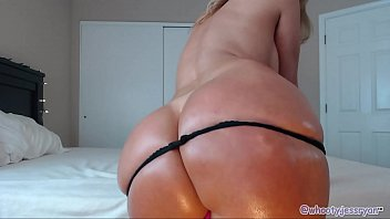 Pawg Mom Uses B bc For Anal And Riding  Riding