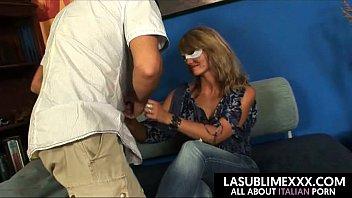 thumb Donna Delle Pulizie Russa Si Fa Scopare Ad Un Casting