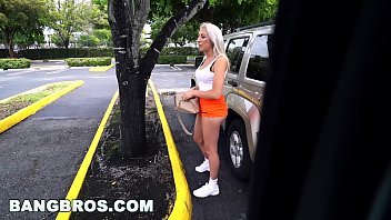 Bangbros - Blonde Jessica Jones Dumped & Splashed (Bb16018)