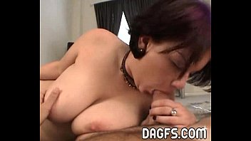 Video porn Goth College girl gives a blowjob online - AnalXxxFilms.Com