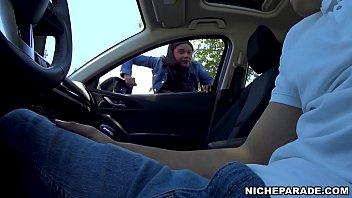 NICHE PARADE - Black Amateur Slut Gives Me (フェラ)blowjob In Automobile For Money