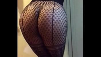 Sexy bubble butt nafida in her fishnet