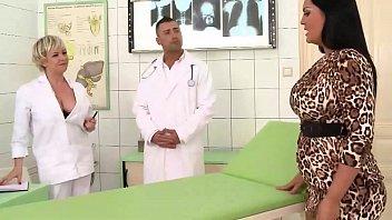 Fata Se Fute Tare Cu Medicul Ginecolog Cu Pula Mare