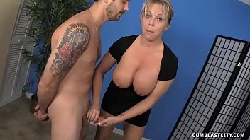 Milf Meets A Gu ys Who Hasnt Had A Cum Release d A Cum Release For Weeks