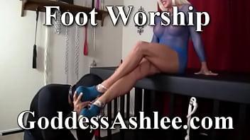 Goddess Ashlee foot worship