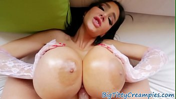 Spanish with the big breasts hot in HD