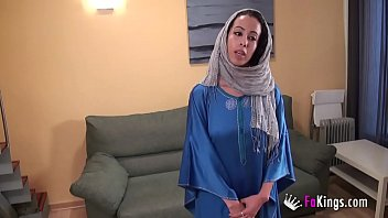 Nayara The Arab  Girl's Beginnings In Por ginnings In Porn Are Much Dirtier Than You Could Imagine