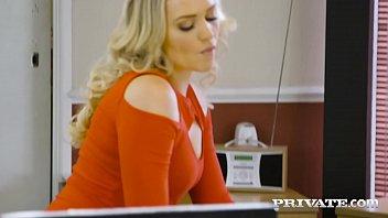 Streaming Video Private.com - British Office Slut Sienna Day Milks Boss Dry! - XLXX.video