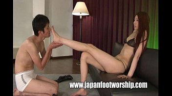 fetish foot Japan girls