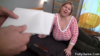 Big Tits Blonde  Seduces Hot Masseur sseur