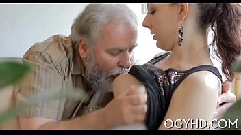 Young babe licked by an old guy-240p thumbnail