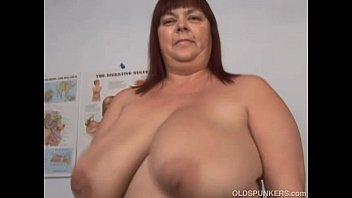 xxarxx Super sexy big tits mature BBW fucks her soaking wet pussy