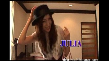 thumb Julia Japanese Pron Star
