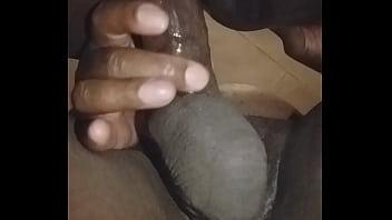 jeune africaine noire et fraiche