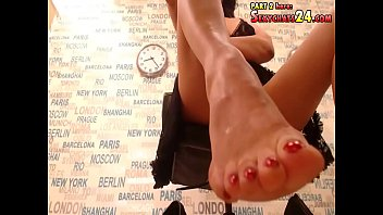 Terrific hermine in adult cam models do nice on beads with big
