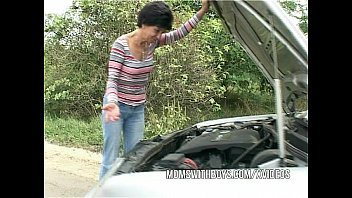 Brunette Mature  Fucks Young Lad Samaritan d Samaritan