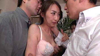 ぶっかけ人 妻 同僚の妻を集団ザ 妻を集団ザーメン弄び