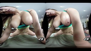 Stretching Out Reena Sky (VR)