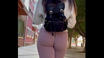 pawg in leggings walking in the street candid voyeur