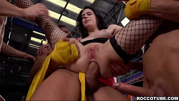 Fitness babe anna de ville loves double she...
