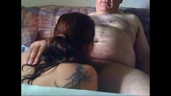 Fingering ปู่หลานสาวก่อนที่จะมีกล้องที่ซ่อนอยู่เพื่อดูออนไลน์ MnogoPorno.TV [7: 50x408p]