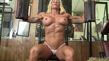 The bodybuilder does naked sports