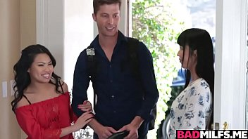 Hot Asian Marica and Cindy bangs a huge hard dick