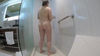 Streaming Video Grandma's amazing body in the shower - XNXX.city