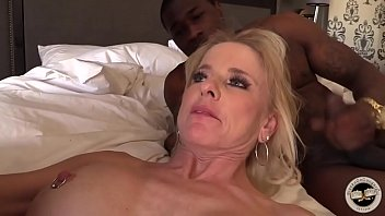 Mature Milf Cre ampied By Bbc