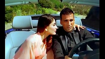 Kareena Kapoor Enjoy Hot Sex With Akshay Kumar